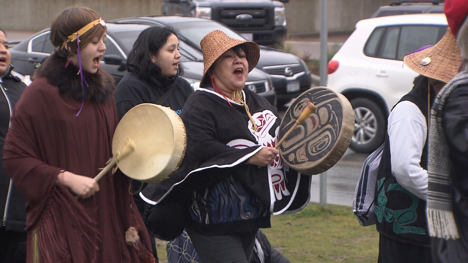 Protestors gather outside the Peace Arch border crossing to support the Idle No More movement. (CTV)