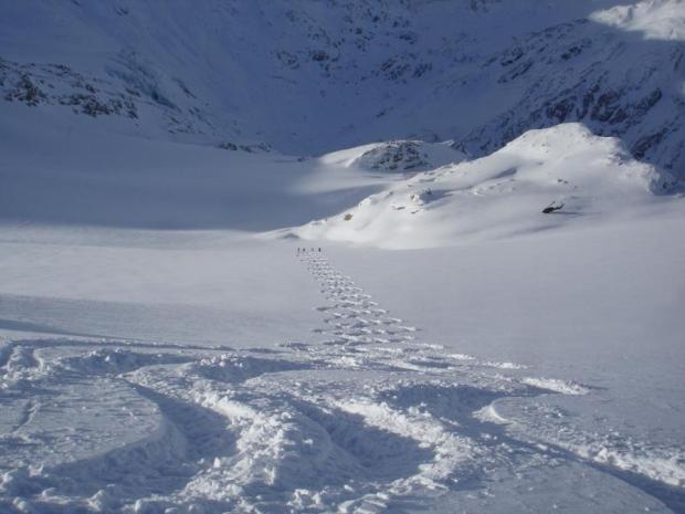 heli ski, helicopter skiing
