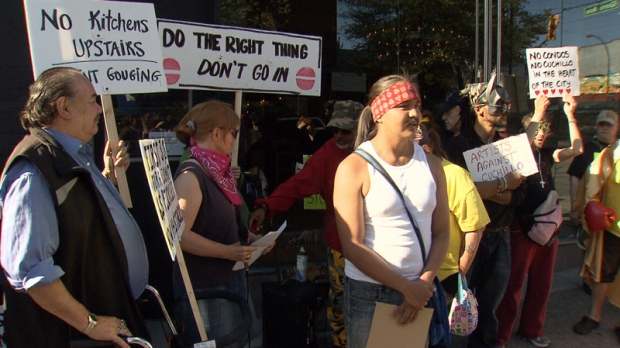 Downtown Eastside group denounces protesters targeting Pidgin, Cuchillo restaurants