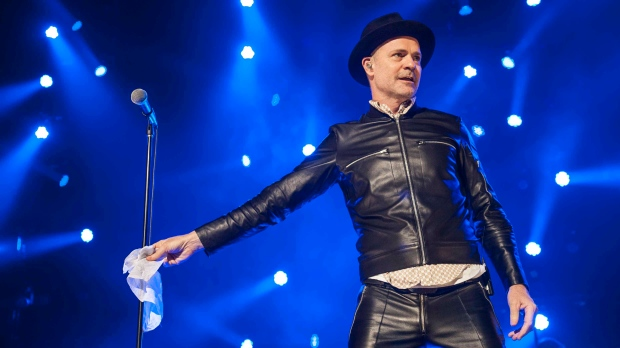 The Tragically Hip hit the stage in Vancouver's Rogers Arena in 2015. (Anil Sharma/CTV)