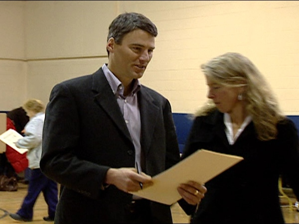 Vision Vancouver candidate Gregor Robertson casts his vote in the B.C. civic election Sat. November 15, 2008.