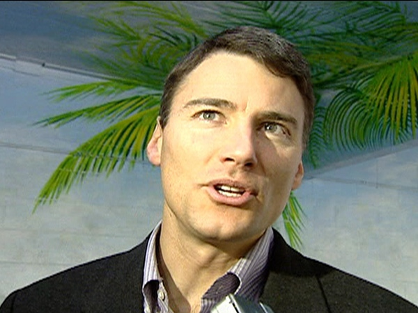 Vision Vancouver hopeful Gregor Robertson speaks to media after casting his ballot in the civic election Saturday, Nov. 15, 2008.