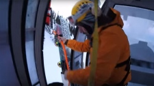Helicopter rescue from gondola