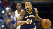 In this Oct. 3, 2015, file photo, New Orleans Pelicans' Bryce Dejean-Jones (31) races the ball up court during the first half of a preseason NBA basketball game against the Indiana Pacers in Indianapolis (AP / Doug McSchooler, File)