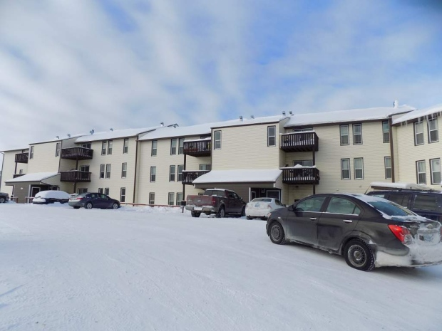 What $1,800 per month can rent across Canada/86yellowknife.jpg
