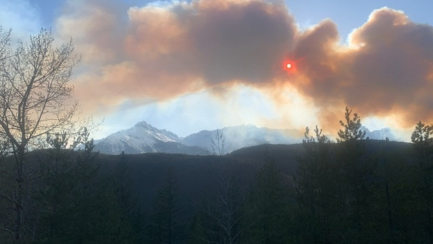 Smoke, fire in Squamish