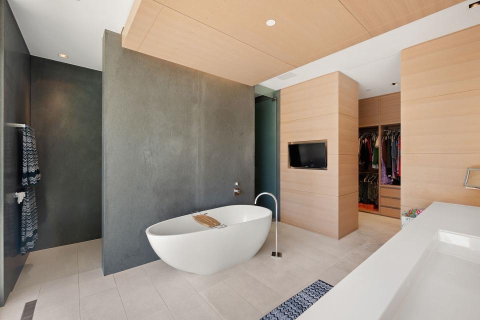 Luxury properties in Vancouver
