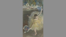 Edgar Degas - The End of the Arabesque Dancer Bowing), 1876-1877. Oil and pastel on canvas. Paris, Mus�e d'Orsay.
