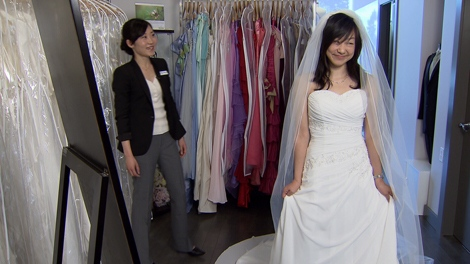 shops that rent wedding dresses